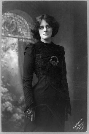Maud Gonne, 1865?-1953, three-quarter length portrait, facing slightly left]