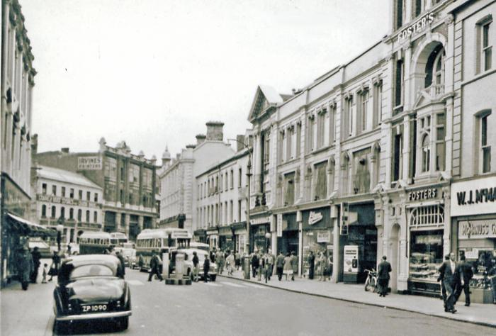 BW street scene from the Strand, Derry.