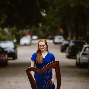 Hannah Flowers, promo image with harp