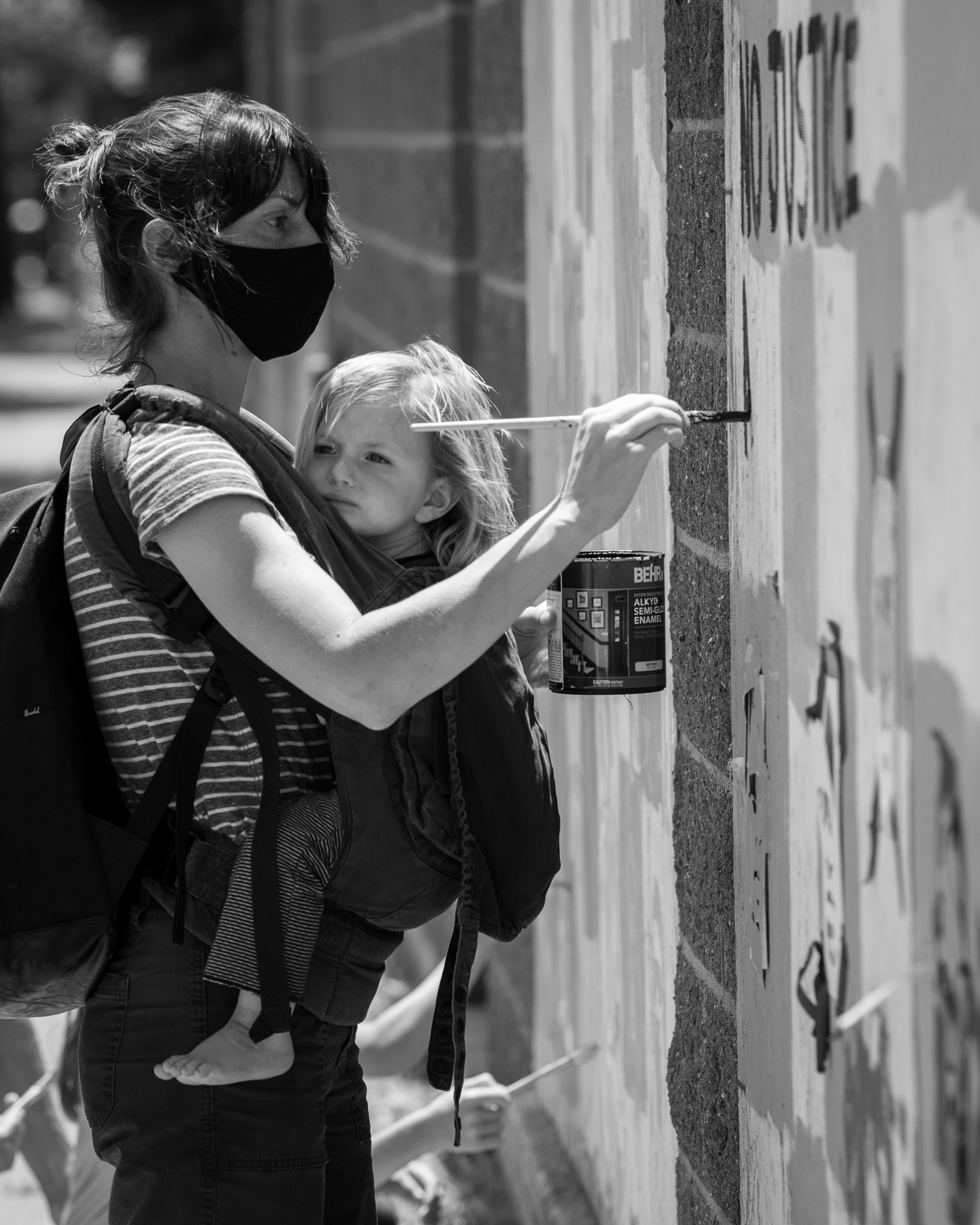 Street photography by Tom Dunn.